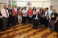Ações do Rotary em capela velatória são tratadas na Tribuna