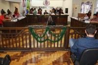 Legislativo aprova projetos de lei em extraordinária