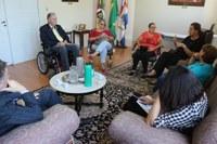 Câmara de Vereadores recebe visita da Presidente do COMDICAU