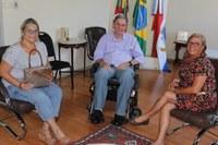Centro de Equoterapia é recebido na presidência
