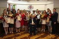 Dia Internacional da Mulher registrado em solenidade na Câmara