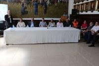 Legislativo participa de cerimônia de novo empreendimento habitacional