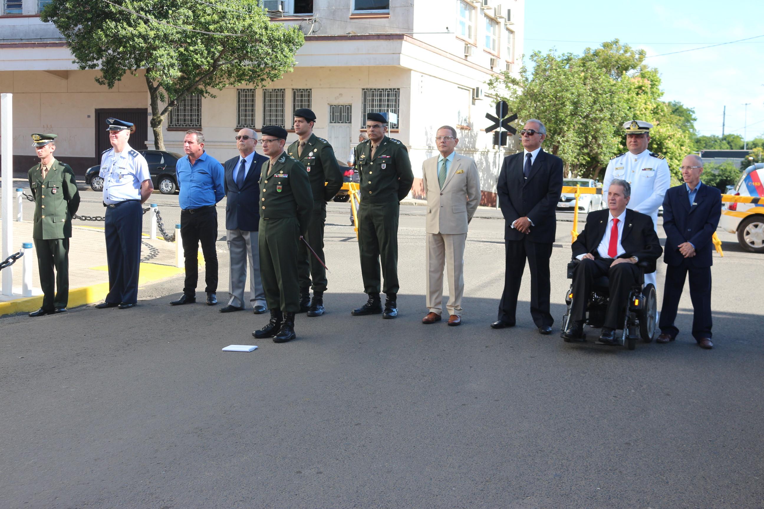 Legislativo participa de passagem do comando da Delegacia Fluvial