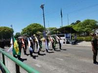 Legislativo presente na Cerimônia alusiva ao Dia da Bandeira