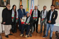 Legislativo recebe autoridade palestina