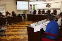 Relatório fiscal dos primeiros meses de governo é apresentado na Câmara
