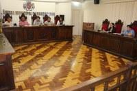 Vereadores realizam estudo da Lei Orgânica e Regimento Interno em Comissão